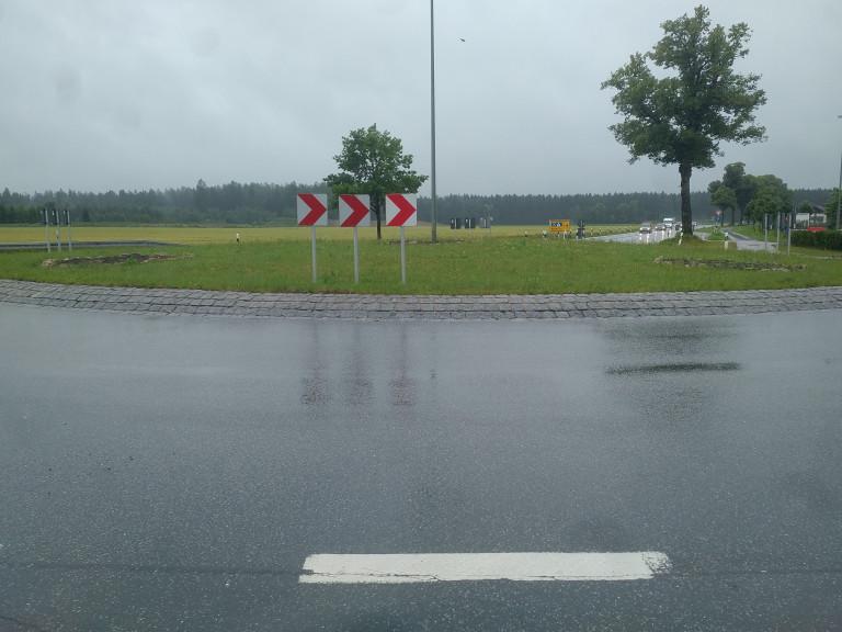 Verkehrskreisel Hohenlinden im Juni 2020
