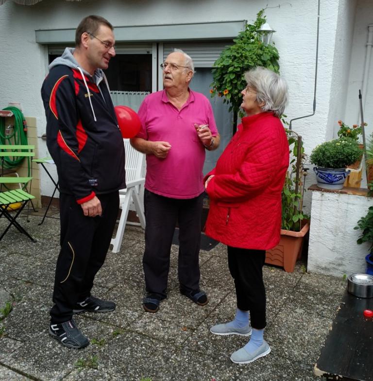 Uwe, Hans und Resi im Gespräch